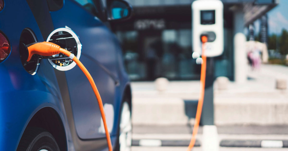 http://www.meranews.com/backend/main_imgs/car_highlights-of-gujarat-electric-vehicle-policy-2021_0.jpg?25?61