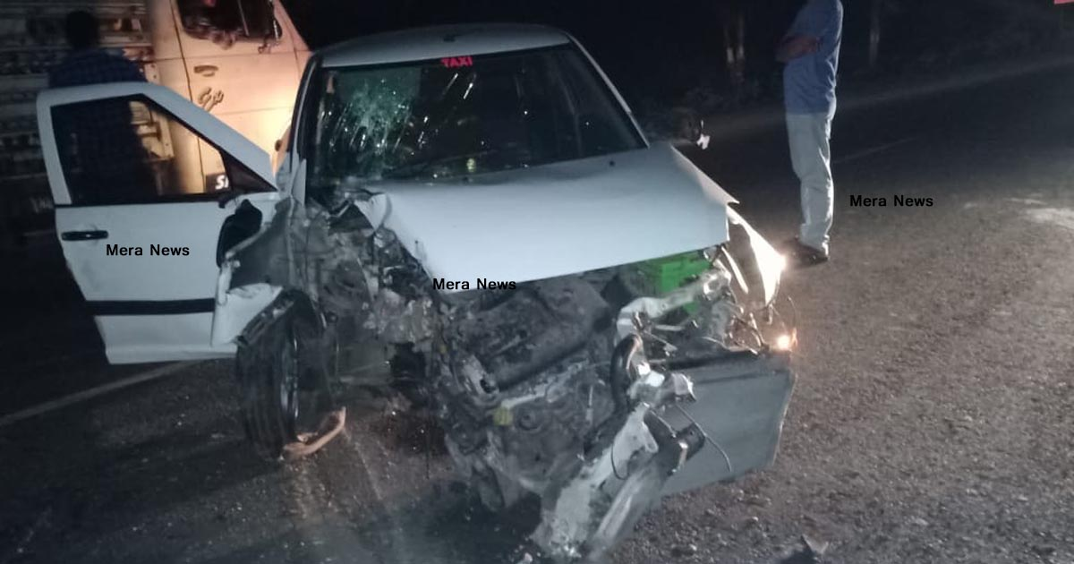 http://www.meranews.com/backend/main_imgs/caraccident1_aravalli-two-accident-road-accident-death-in-accident-dh_0.jpg?73