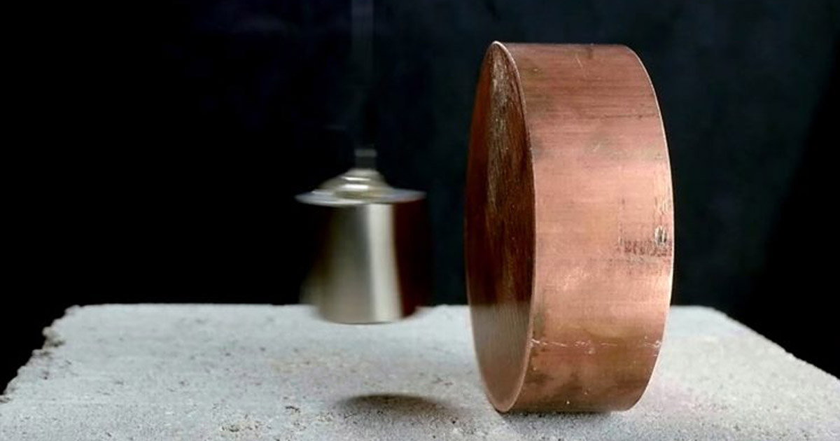 Copper stocks