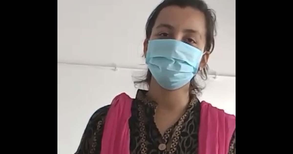 http://www.meranews.com/backend/main_imgs/coronagirl_modasa-corona-in-modasa-tb-technician-corona-patient-cor_0.jpg?71
