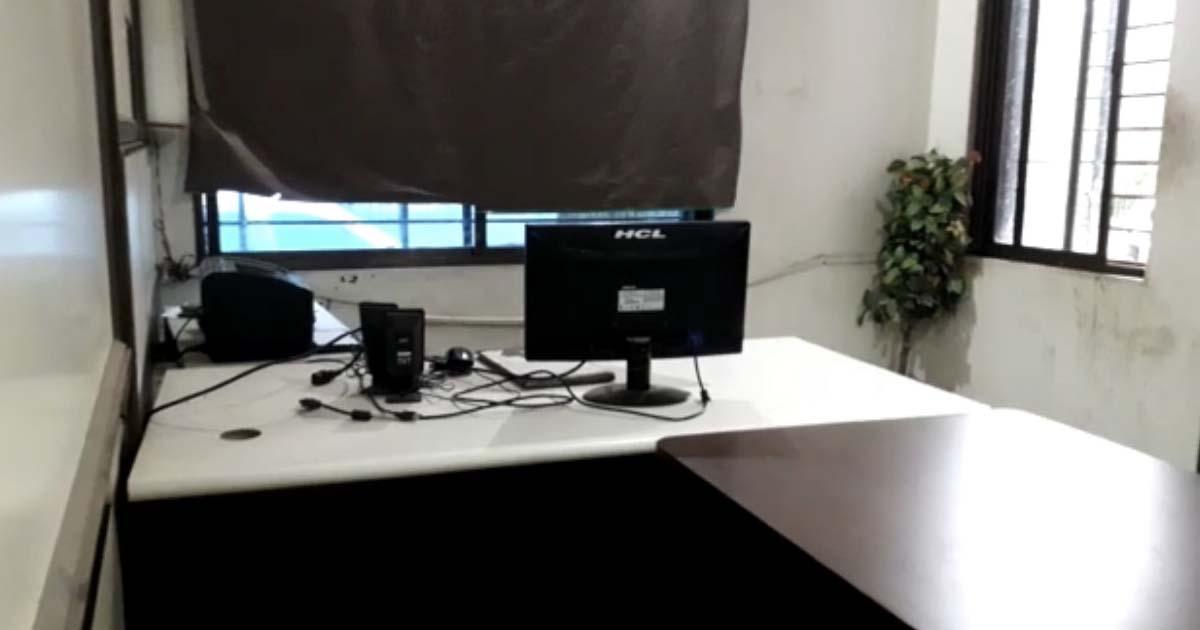http://www.meranews.com/backend/main_imgs/cpustolen_khedbramha-cpu-stolen-from-khedbramha-mamlatdar-office_0.jpg?56