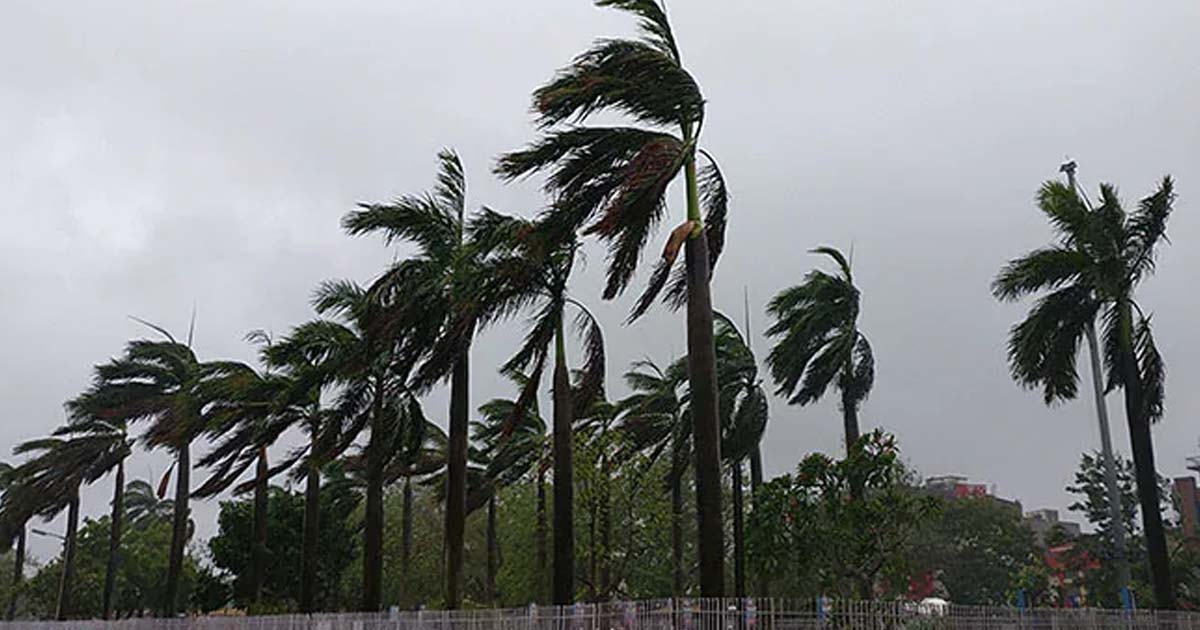 http://www.meranews.com/backend/main_imgs/cyclone_cyclone-fani-hits-odisha-coast-near-puri-with-wind-speed-nea_0.jpg?22