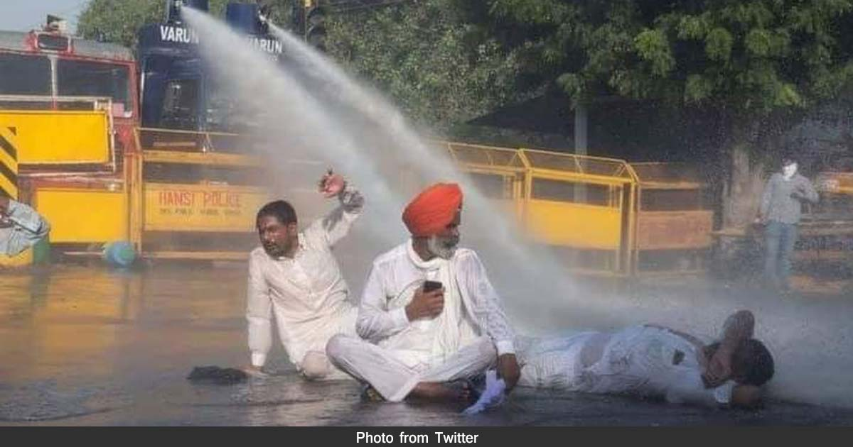 http://www.meranews.com/backend/main_imgs/delhi_farmer-of-india-delhi-farmers-punjab-politics-agricultuture-bill_1.jpg?20?11