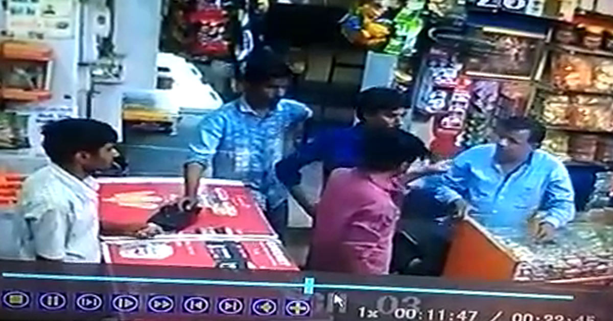 http://www.meranews.com/backend/main_imgs/dhangadhra_dhrangadhra-anti-social-elements-damage-ice-cream-shops-in_0.jpg?70