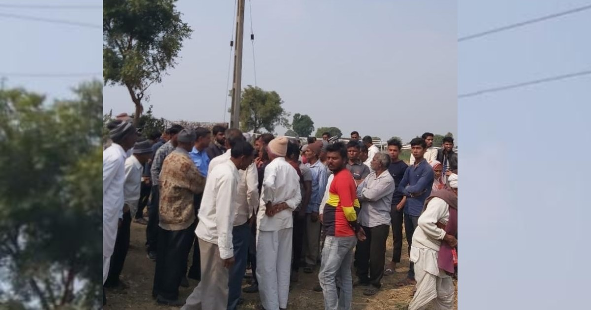http://www.meranews.com/backend/main_imgs/edarelectricity_electricity-maintenance-worker-died-in-ratanpur-village-of-e_0.jpg?34