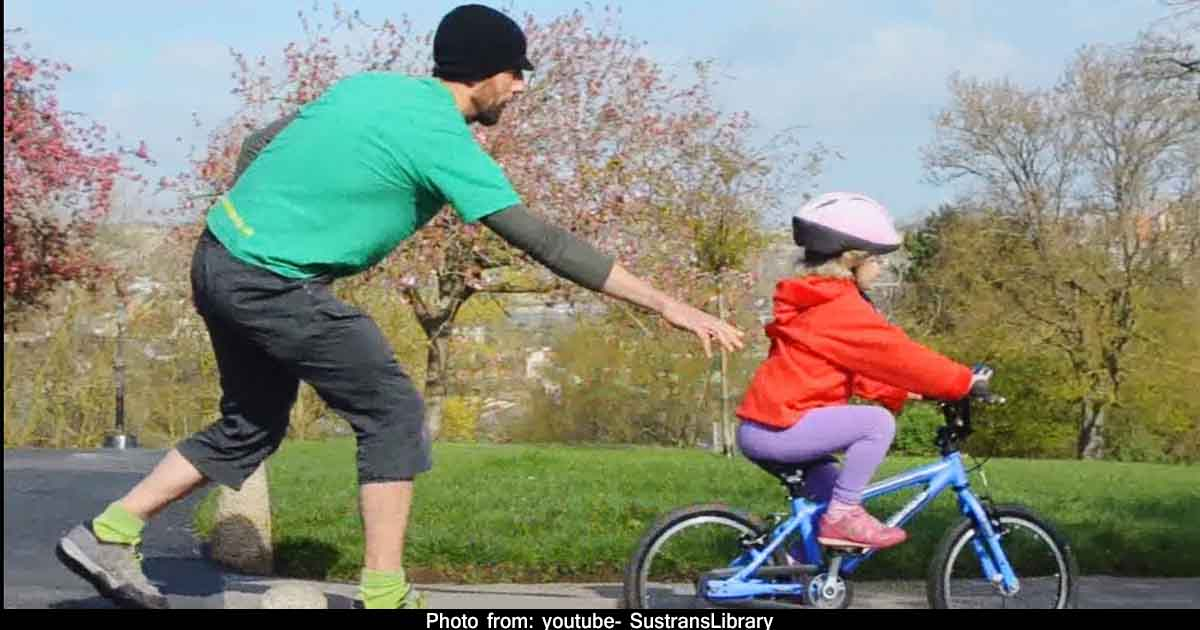 http://www.meranews.com/backend/main_imgs/fatheranddaughter_life-lesson-growth-winner-fighter-looser-failure-facilities-for-child_0.jpg?14