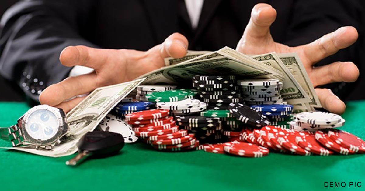 http://www.meranews.com/backend/main_imgs/gambling_jamnagar-husband-lost-rs30-lakh-in-gambling-read-on_0.jpg?86