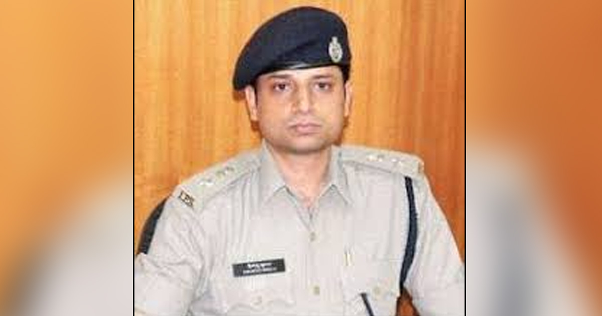 http://www.meranews.com/backend/main_imgs/ipsHimanshushukla_gujarat-government-going-to-form-spf-which-will-leading-by_0_gujarat-ats-ips-himanshu-sukla-successful-operation-ats_0.jpg?24