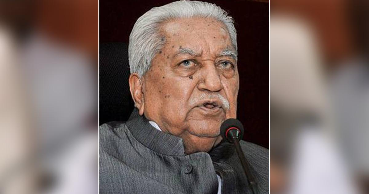 http://www.meranews.com/backend/main_imgs/kesubhai-patel_guajrat-ex-cm-keshubhai-patel-casts-his-vote-at-polling-boot_0.jpg?51?46