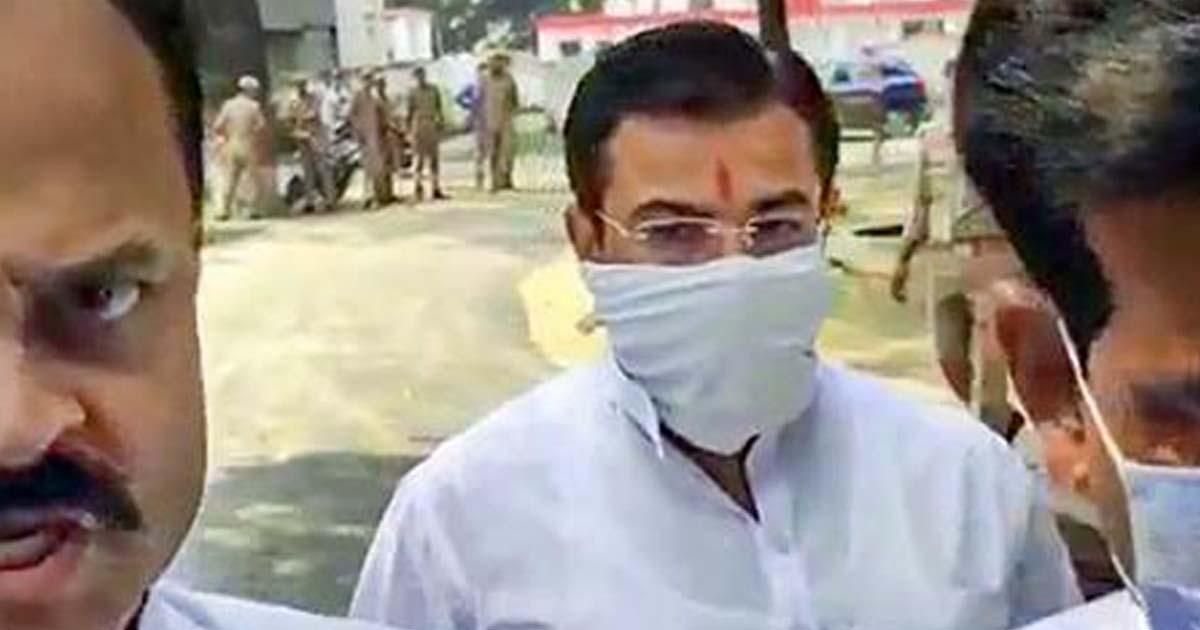 http://www.meranews.com/backend/main_imgs/kheri_lakhimpur-kheri-violence-union-minister-son-ashish-mishra-arrested_0.jpg?31?82