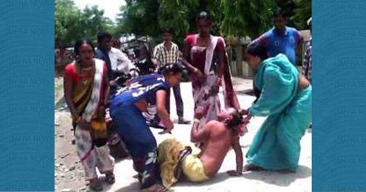 http://www.meranews.com/backend/main_imgs/kinnar_noida-women-accuse-priest-of-assault-storm-temple_0.jpg?92?53
