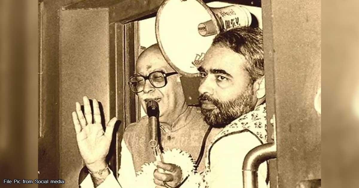 http://www.meranews.com/backend/main_imgs/lkadvadiold6_ayodhya-verdict-final-decision-l-k-advanis-story-history_3.jpg?41