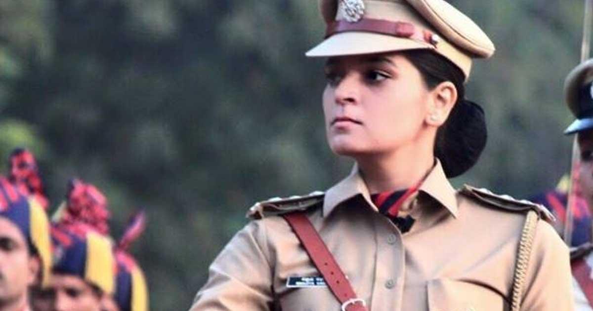 http://www.meranews.com/backend/main_imgs/manju_woman-acp-ahmedabad-bootlegger-police-gujarat-police-ma_1.jpg?2?3