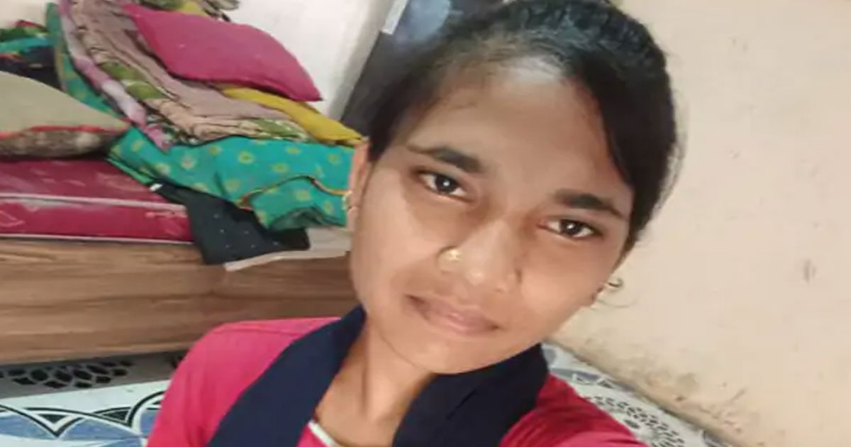 http://www.meranews.com/backend/main_imgs/meaae_ahmedabad-girl-of-bavla-city-record-video_0.jpg?62