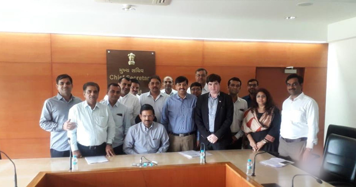 http://www.meranews.com/backend/main_imgs/meeting-final_government-remembers-the-morbi-ceramic-industry-as-the-loksa_0.jpg?66