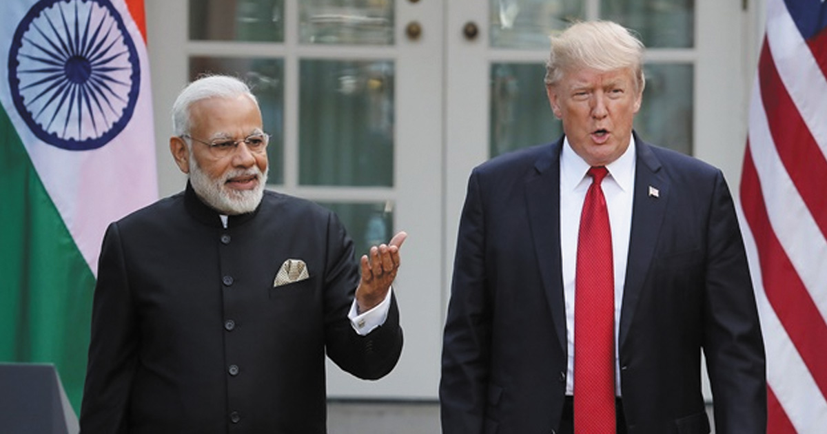 http://www.meranews.com/backend/main_imgs/modi-trump_india-offers-to-buy-1000-planes-from-us-in-trade-off_0.jpg?28