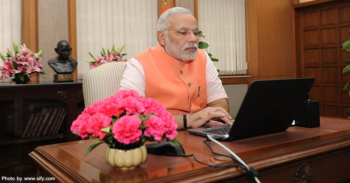 http://www.meranews.com/backend/main_imgs/modionPC_new-campaign-will-begin-on-2nd-october-pm-modi-will-email-1_0.jpg?58