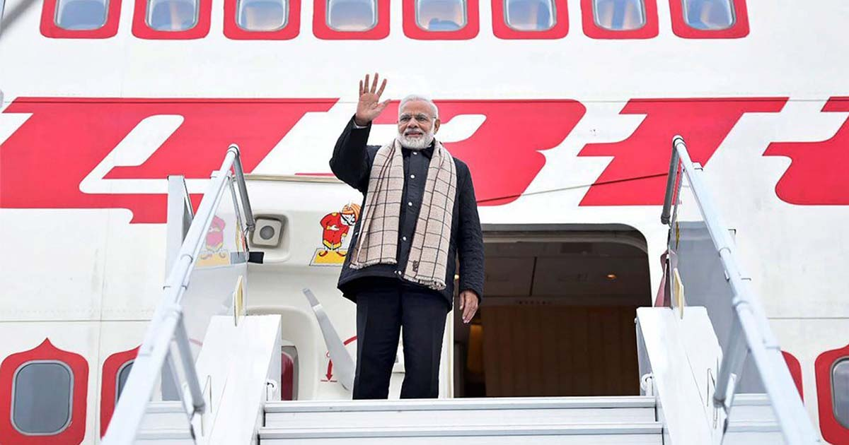 http://www.meranews.com/backend/main_imgs/narendramodi_modi-government-owes-air-india-over-rs-325-crore-for-vvip-c_0.jpg?18?13