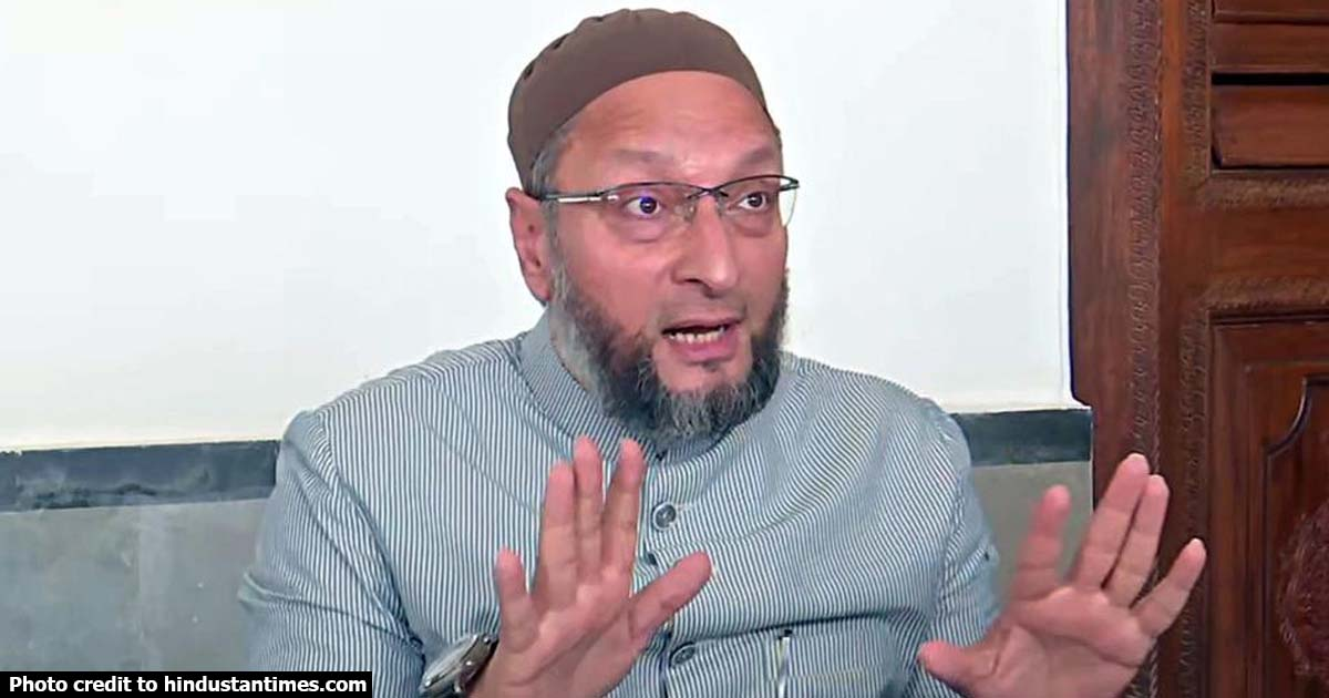 http://www.meranews.com/backend/main_imgs/owaisi_donald-trump-is-illiterate-narendra-modi-can-never-be-fathe_0.jpg?30?85