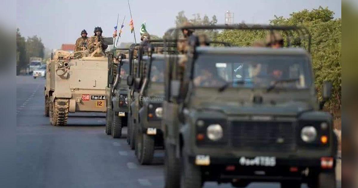 http://www.meranews.com/backend/main_imgs/pakarmyafterairforcestrike1_after-air-force-strike-pak-armys-preparation-near-kutch-wa_0.jpg?1?7