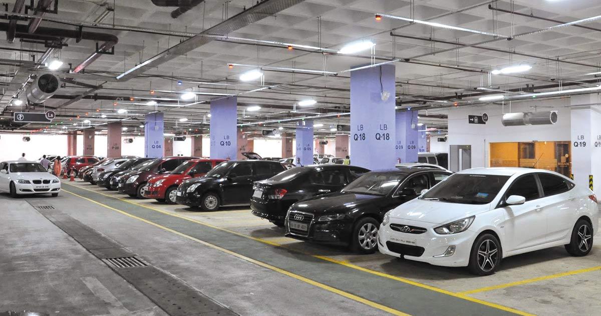 http://www.meranews.com/backend/main_imgs/parking_now-no-parking-fee-in-surat-city-malls_0.jpg?6