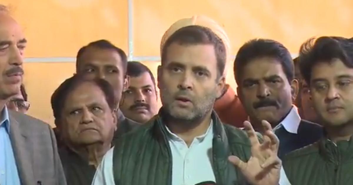 http://www.meranews.com/backend/main_imgs/rahul-gandhi_rahul-gandhi-attacks-modi-govt-on-rafale-deal_0.jpg?75