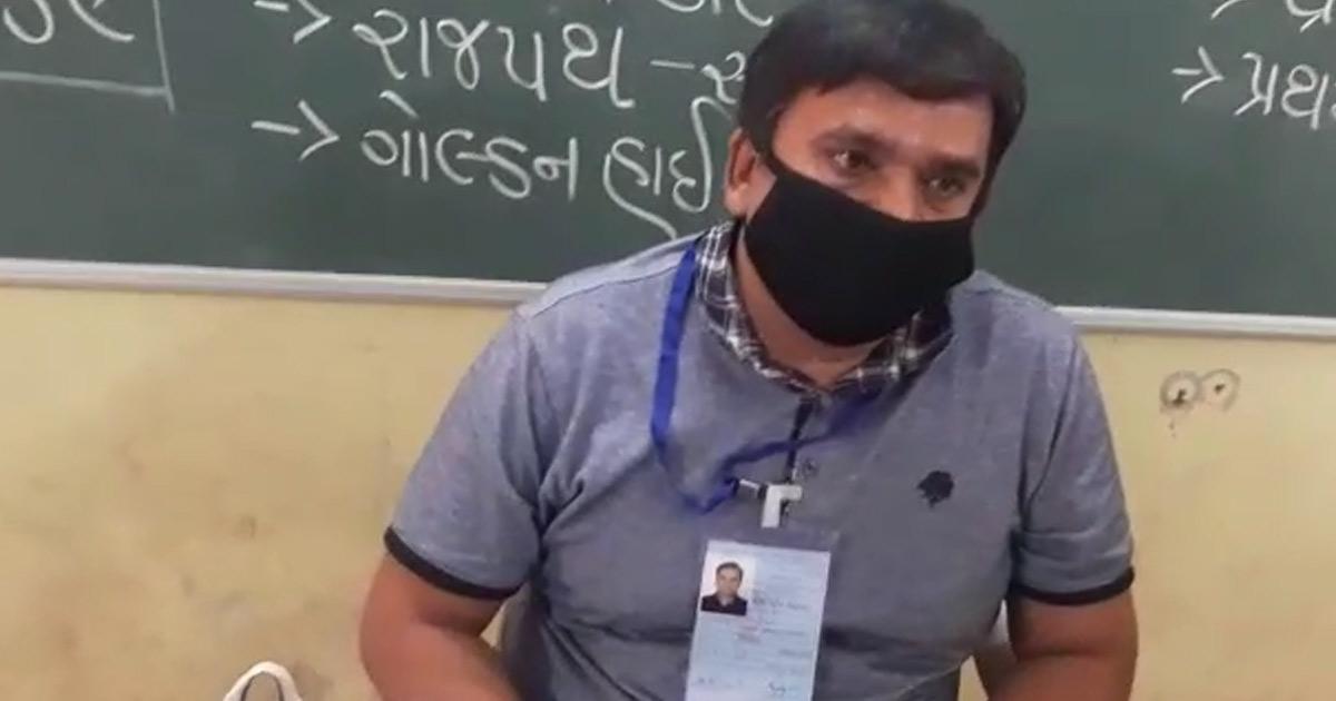 http://www.meranews.com/backend/main_imgs/rajkot_at-kangshiyali-10-bjp-men-captured-booths-and-conducted-bogus-vote_0.jpg?71