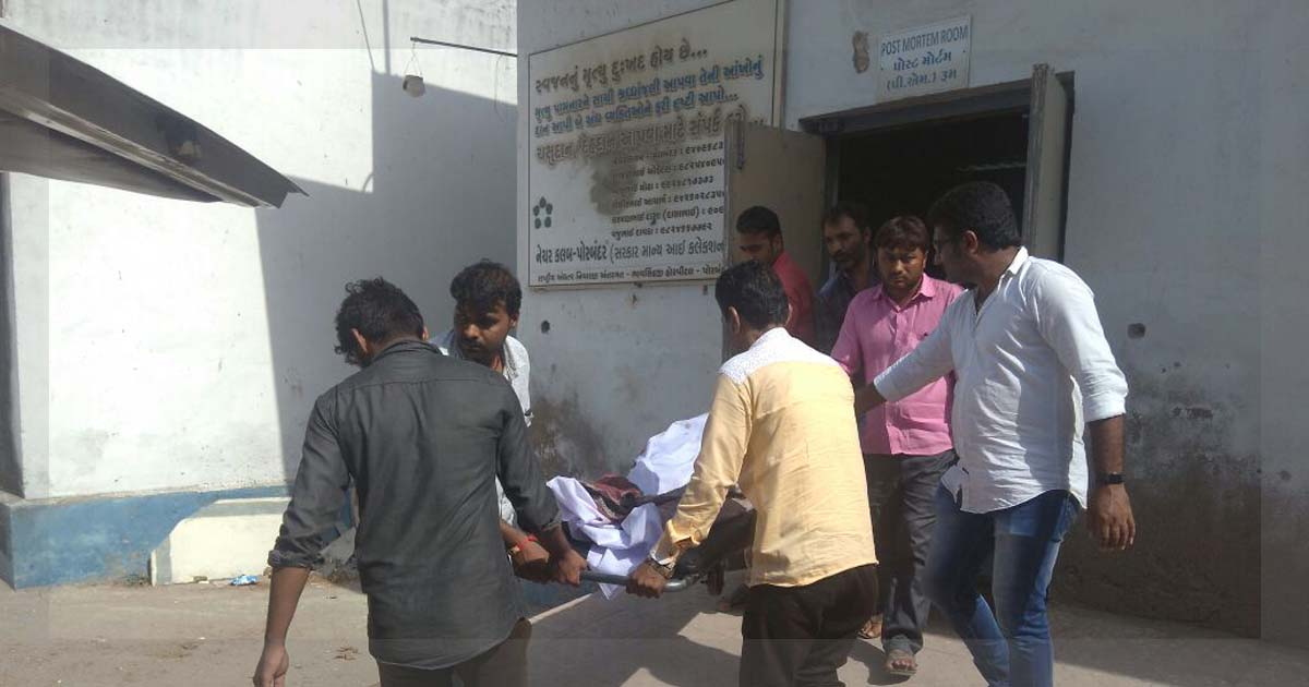 http://www.meranews.com/backend/main_imgs/ranavavmurderfinal_porbandar-bjp-leader-of-ranavav-municipality-killed_0.jpg?80