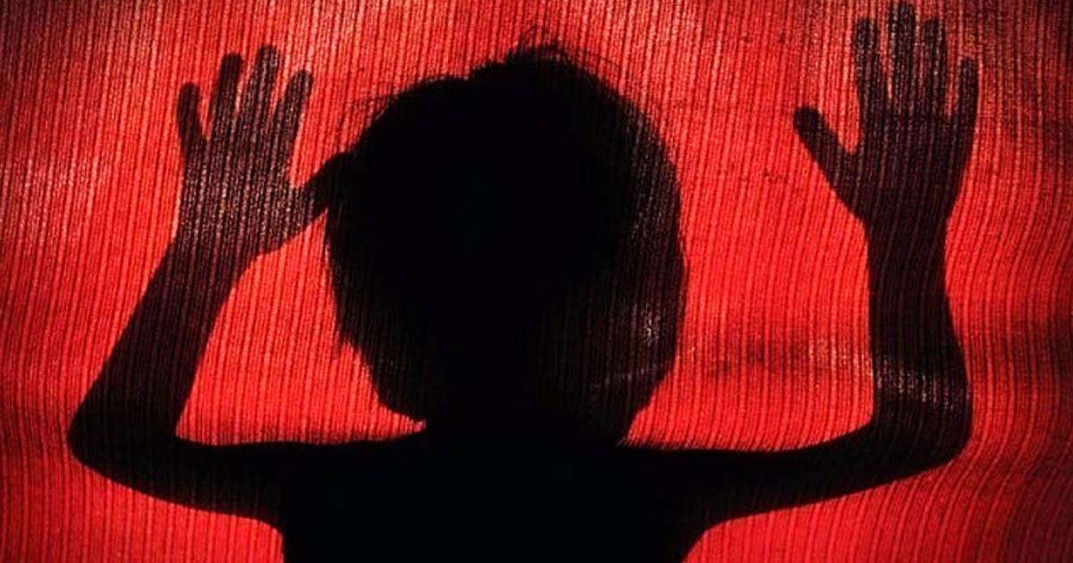 http://www.meranews.com/backend/main_imgs/rape_gondal-rape-with-child-at-derdikumbhaji-village_0.jpg?87
