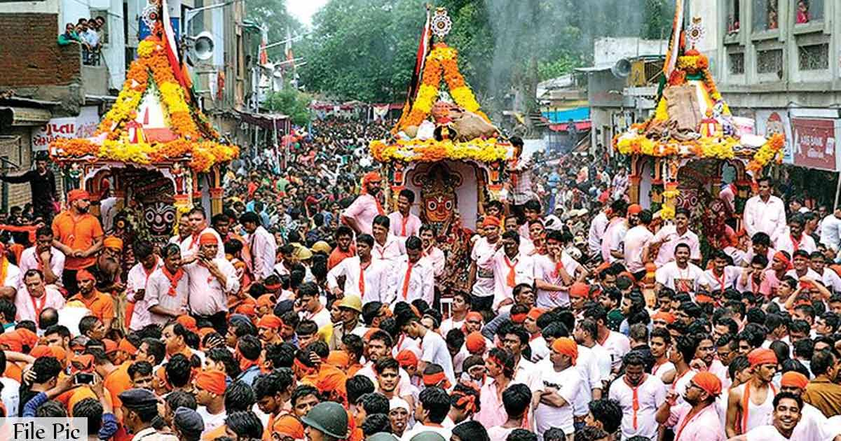 http://www.meranews.com/backend/main_imgs/rathyatra_lord-jagannaths-government-is-afraid-of-your-devotees_0.jpg?24?72?47?36?72