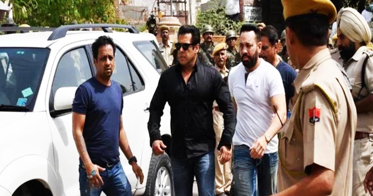 http://www.meranews.com/backend/main_imgs/salmankhan_blackbuck-poaching-case-salman-convicted-others-acquitted_0.jpg?99