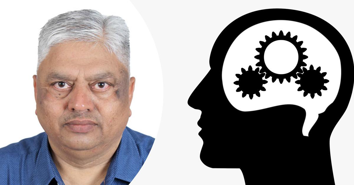 http://www.meranews.com/backend/main_imgs/savani_gujarat-ex-ips-savani-gujarat-political-news-latest-update_0.jpg?74