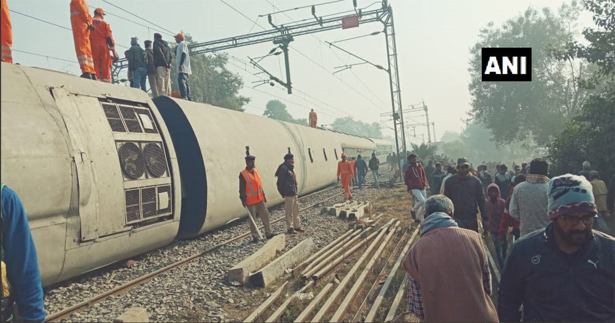 http://www.meranews.com/backend/main_imgs/simanchal-express_bihar-7-people-have-lost-their-lives-in-seemachal-express-d_0.jpg?29