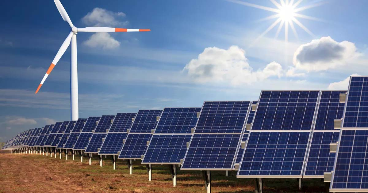 http://www.meranews.com/backend/main_imgs/solarpanel_gujarat-government-introduces-wind-solar-hybrid-power-policy_0.jpg?89