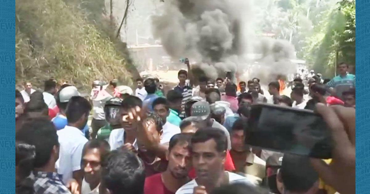 http://www.meranews.com/backend/main_imgs/srilanka_emergency-imposed-in-srilanka-curfew-in-kandy_0.jpg?1