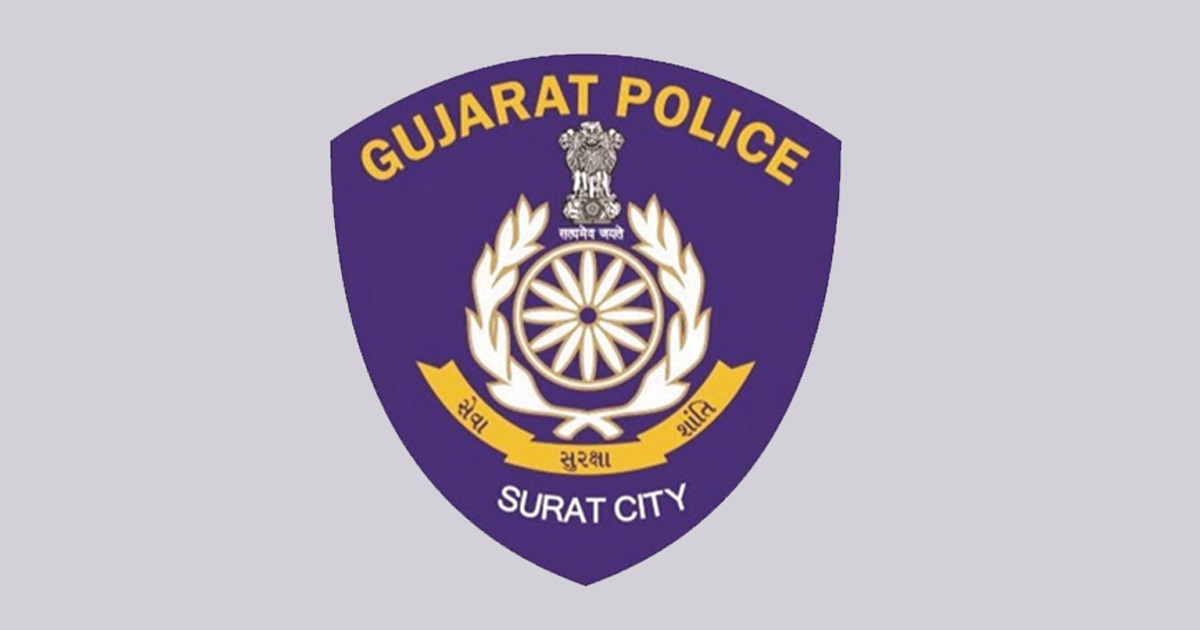http://www.meranews.com/backend/main_imgs/surat-policr_corona-positive-to-a-police-officer-in-surat-covid-19-gujarat_0_surat-police-payment-ahmedabad-businessman-dispute-in-business_0.jpg?99