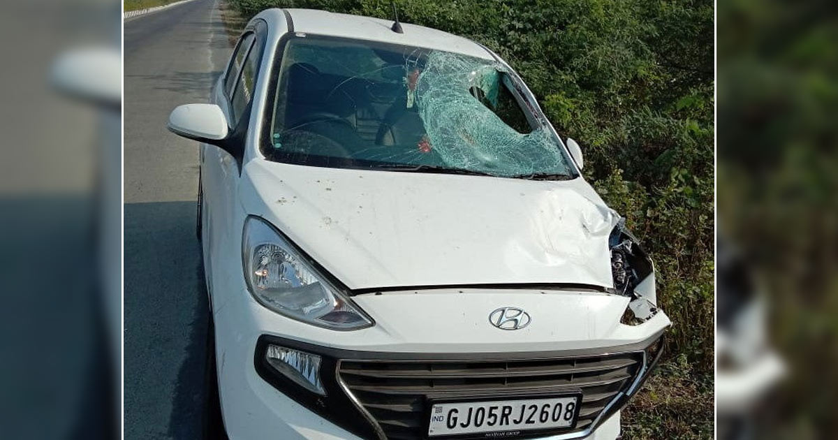 http://www.meranews.com/backend/main_imgs/surat_surat-student-car-driver-rams-car-to-cycle-one-died_0.jpg?64