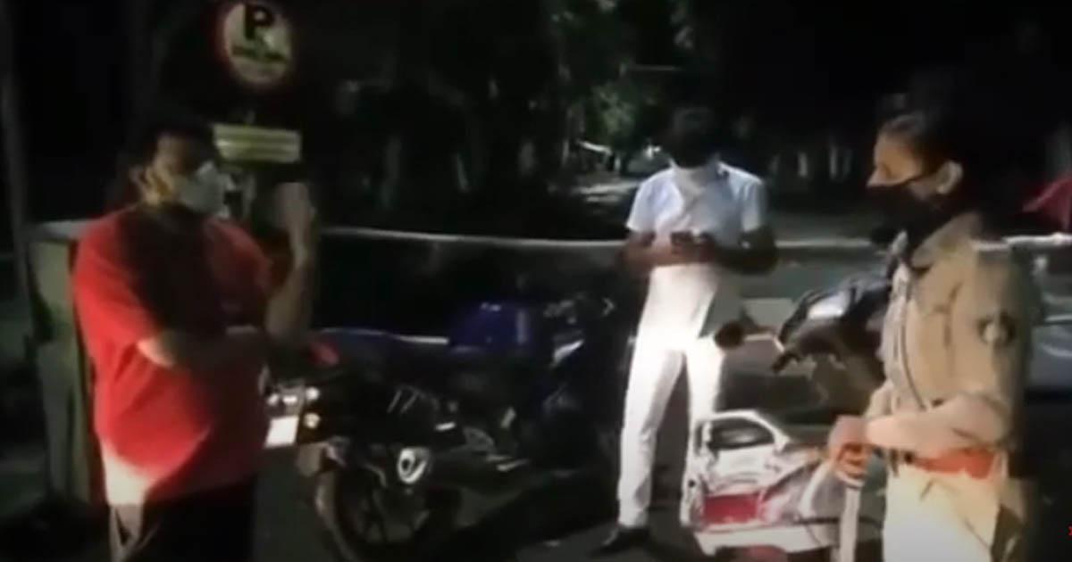http://www.meranews.com/backend/main_imgs/suratsunitayadav_kumar-kanani-surat-police-constable-clash-sunita-yadav-c_0.jpg?13?74?65