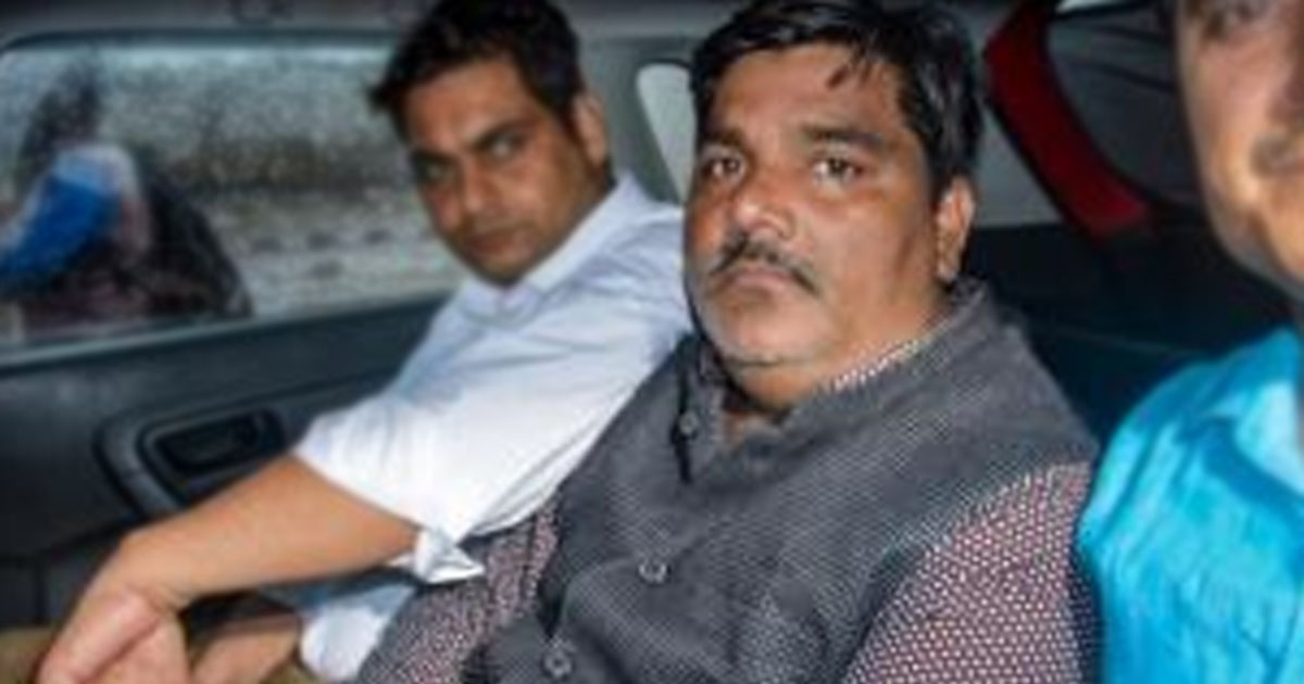 http://www.meranews.com/backend/main_imgs/tahirdelhi_tahir-hussain-admits-his-role-in-delhi-violence-says-police_0.jpg?9