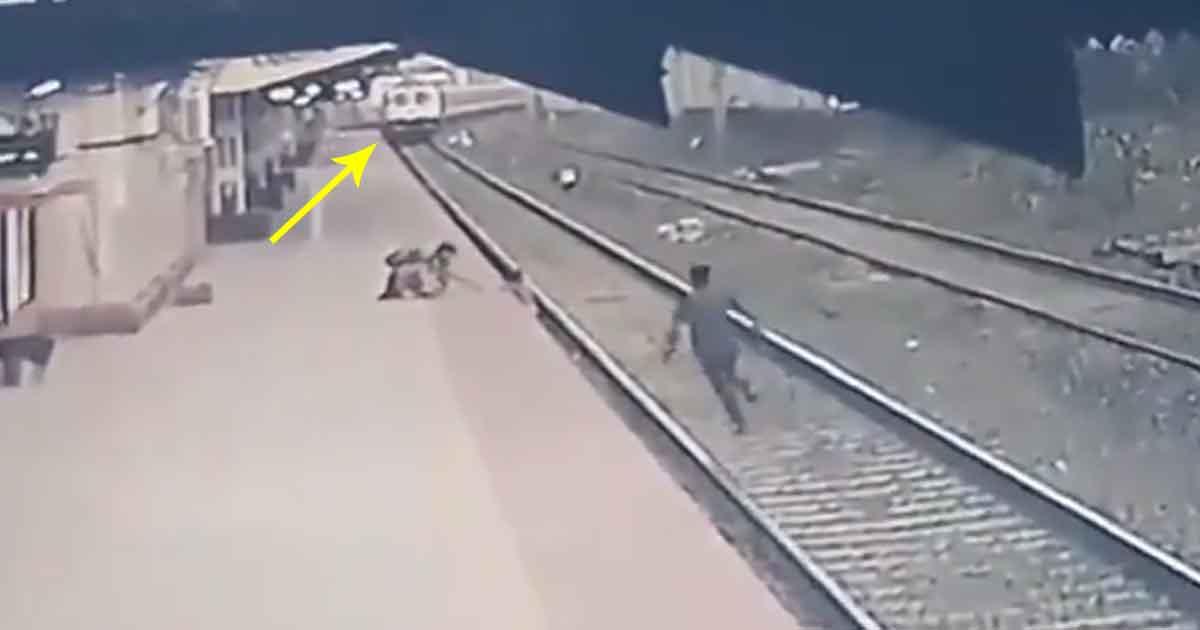http://www.meranews.com/backend/main_imgs/train_train-railway-tracks-cctv-of-station-youth-saved-child_0.jpg?45?11