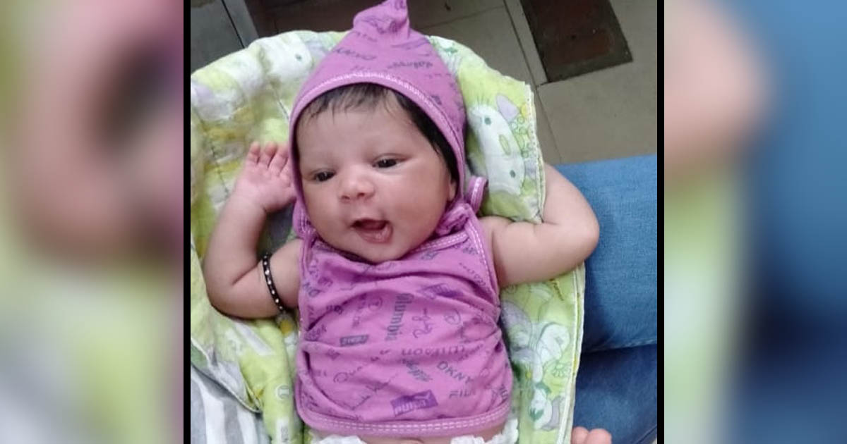 http://www.meranews.com/backend/main_imgs/trainmissingbaby_ahmedabad-sir-we-left-our-baby-in-the-train-we-want-that_0.jpg?35