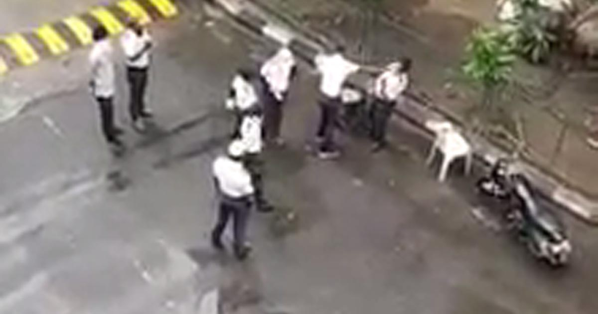 http://www.meranews.com/backend/main_imgs/trb_surat-trb-jawan-video-surat-police-trb-jawan-celebration_0.jpg?98
