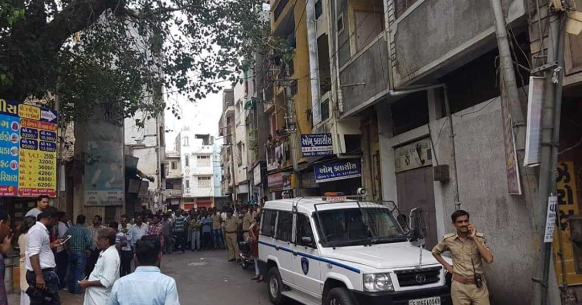 http://www.meranews.com/backend/main_imgs/vadodaramurder_vadodara-school-murder-shocking-motive-behind-the-killing_0.jpg?46?6