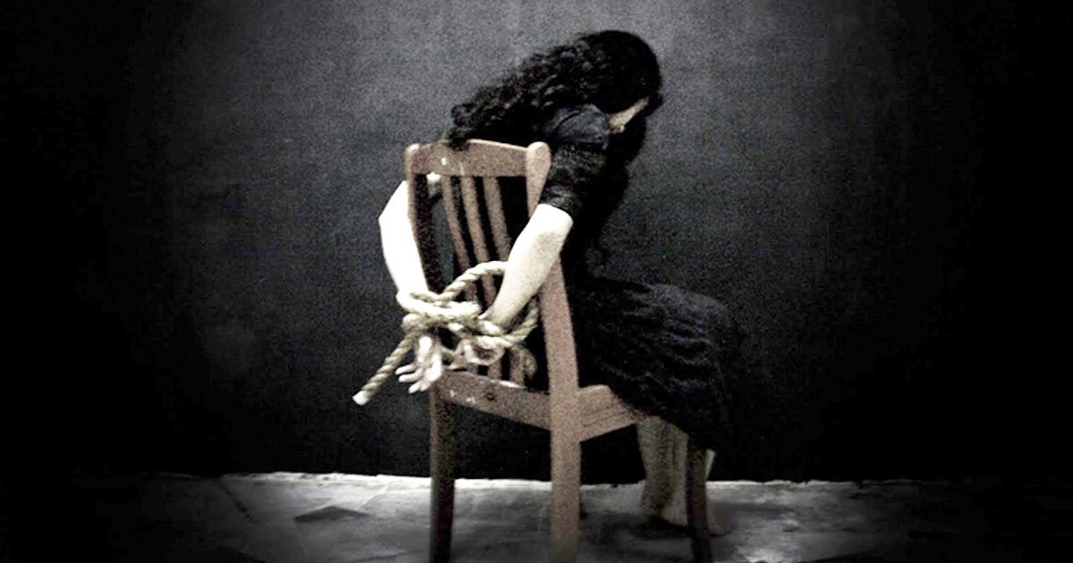 http://www.meranews.com/backend/main_imgs/women-kidnep_surat-woman-kidnapped-by-unknown-men_0.jpg?30